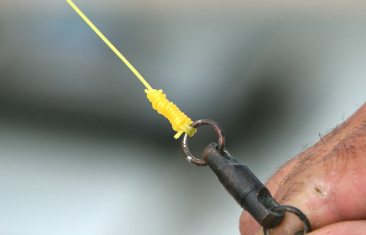 Tying a Double Cinch Knot