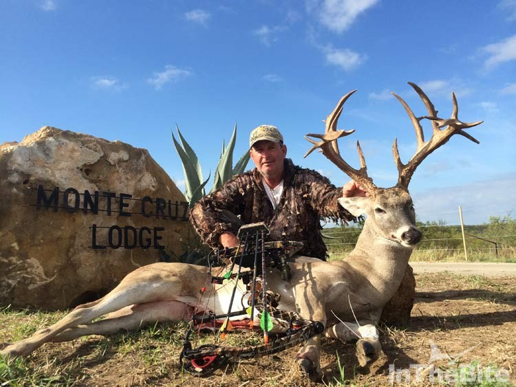 Scott Glasscock of the S/F Wave Paver with his trophy white tail from Monte Cruz Ranch, Uvalde, Texas