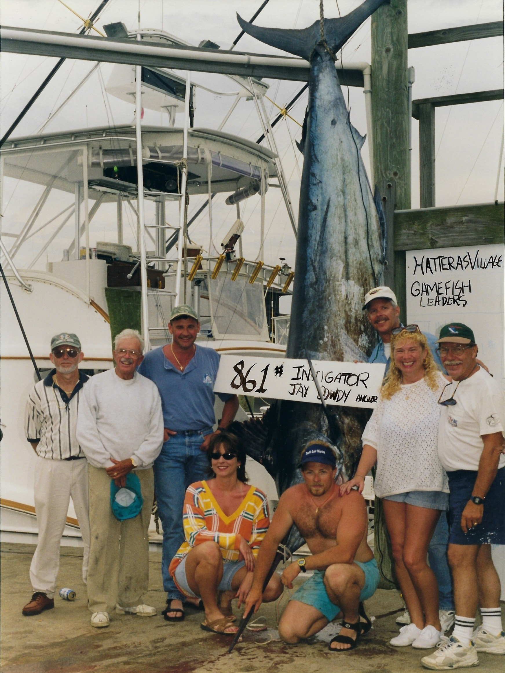 861 blue marlin on scale