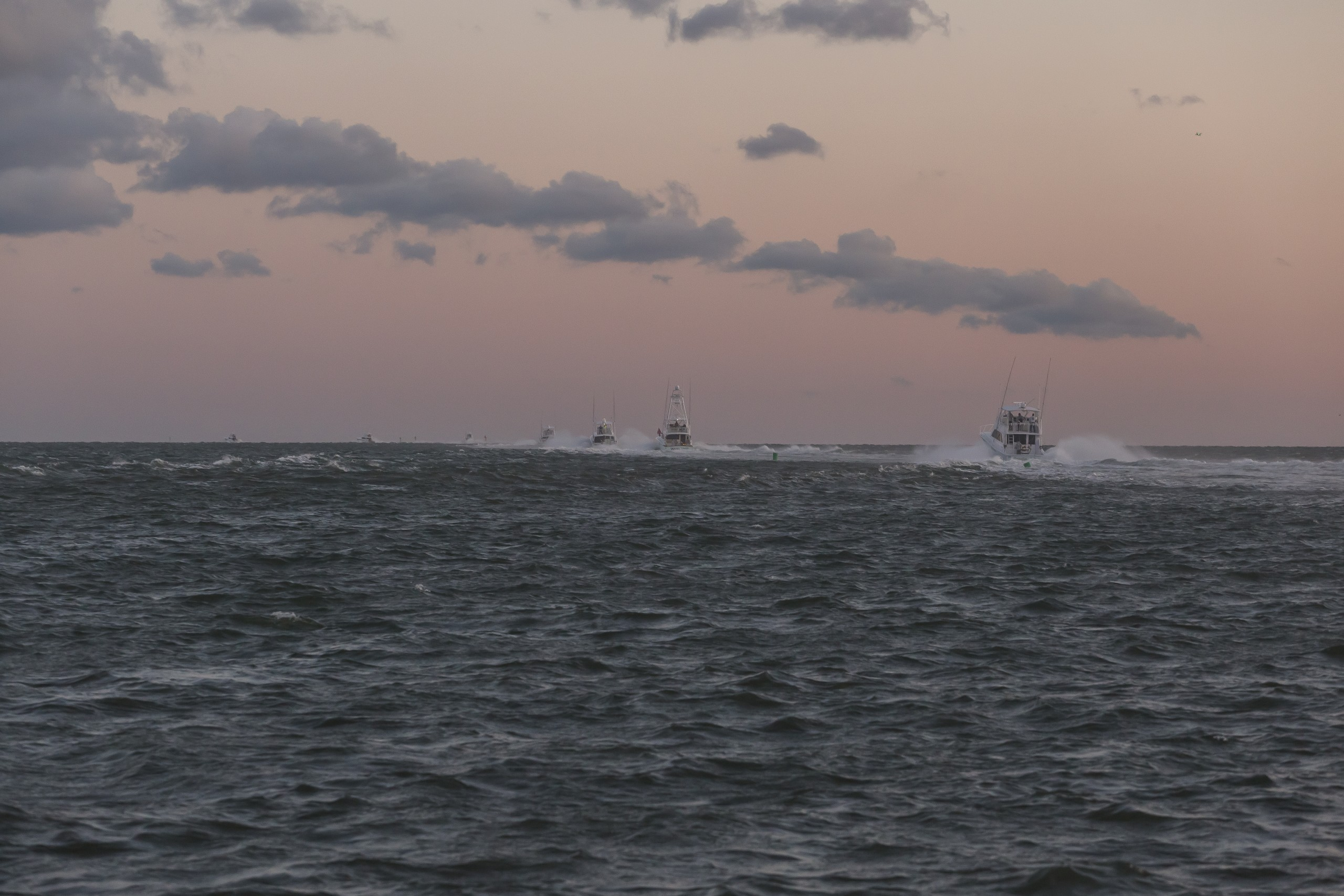 boats running offshore
