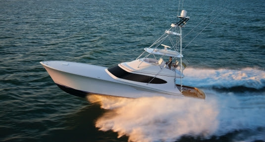 Hatteras GT65 Carolina Make World Debut at Miami Yacht Show
