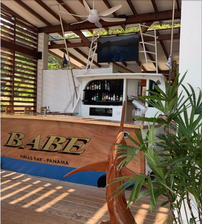 IMAGE OF THE MARLIN BAR AT TROPIC STAR LODEGE IN PANAMA