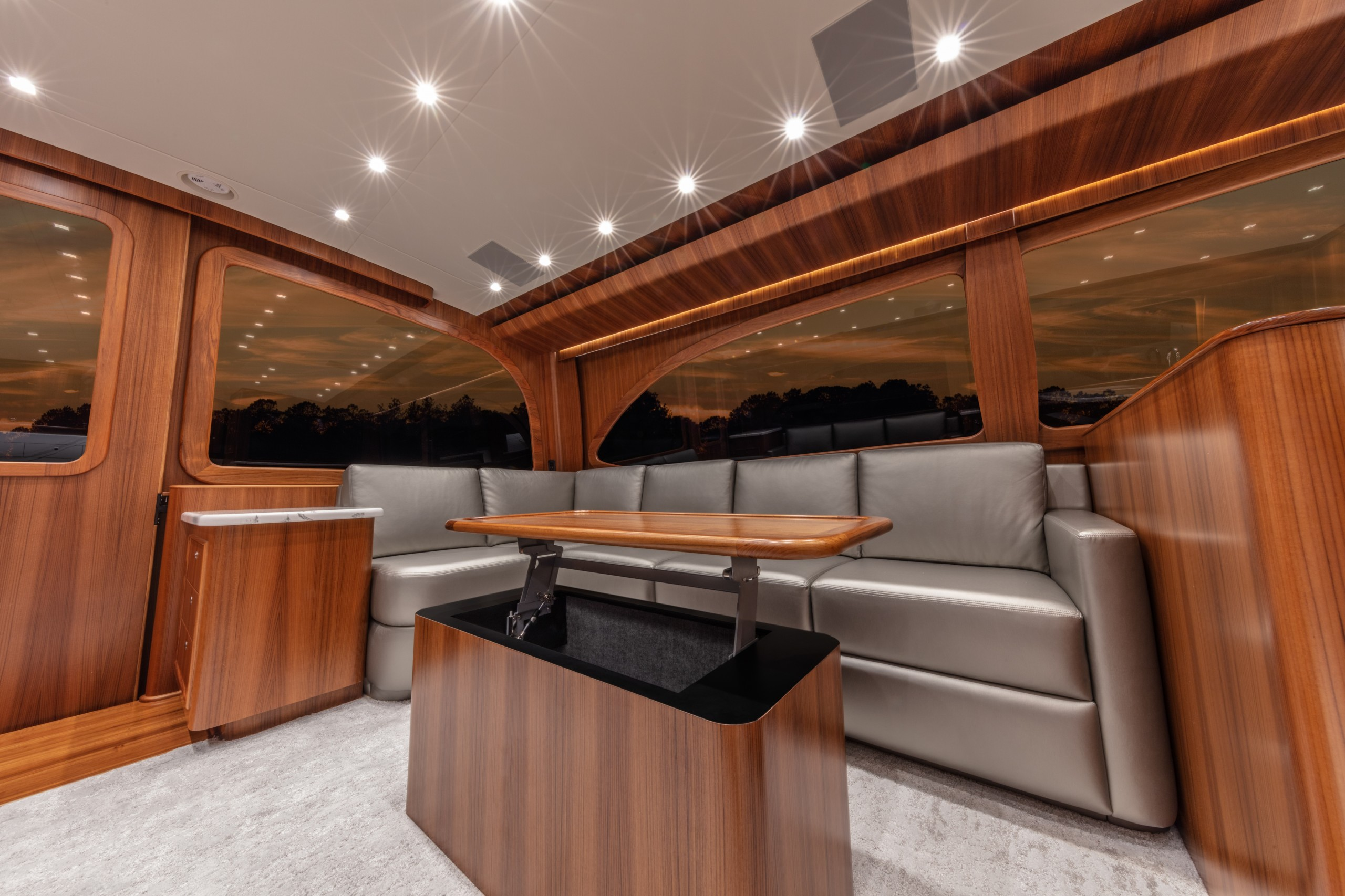 Paul Mann yacht salon
