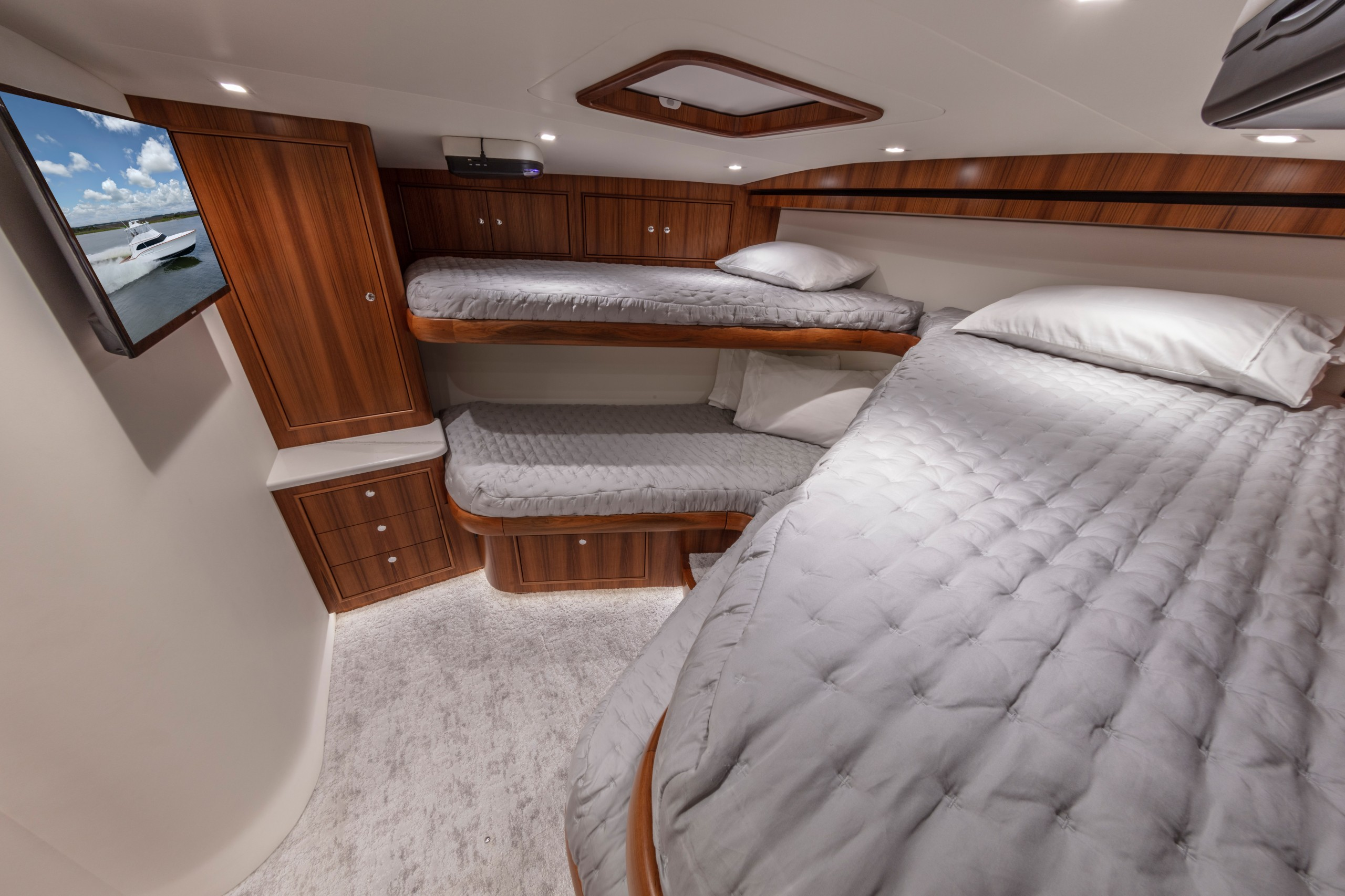 paul mann yacht crew bunks