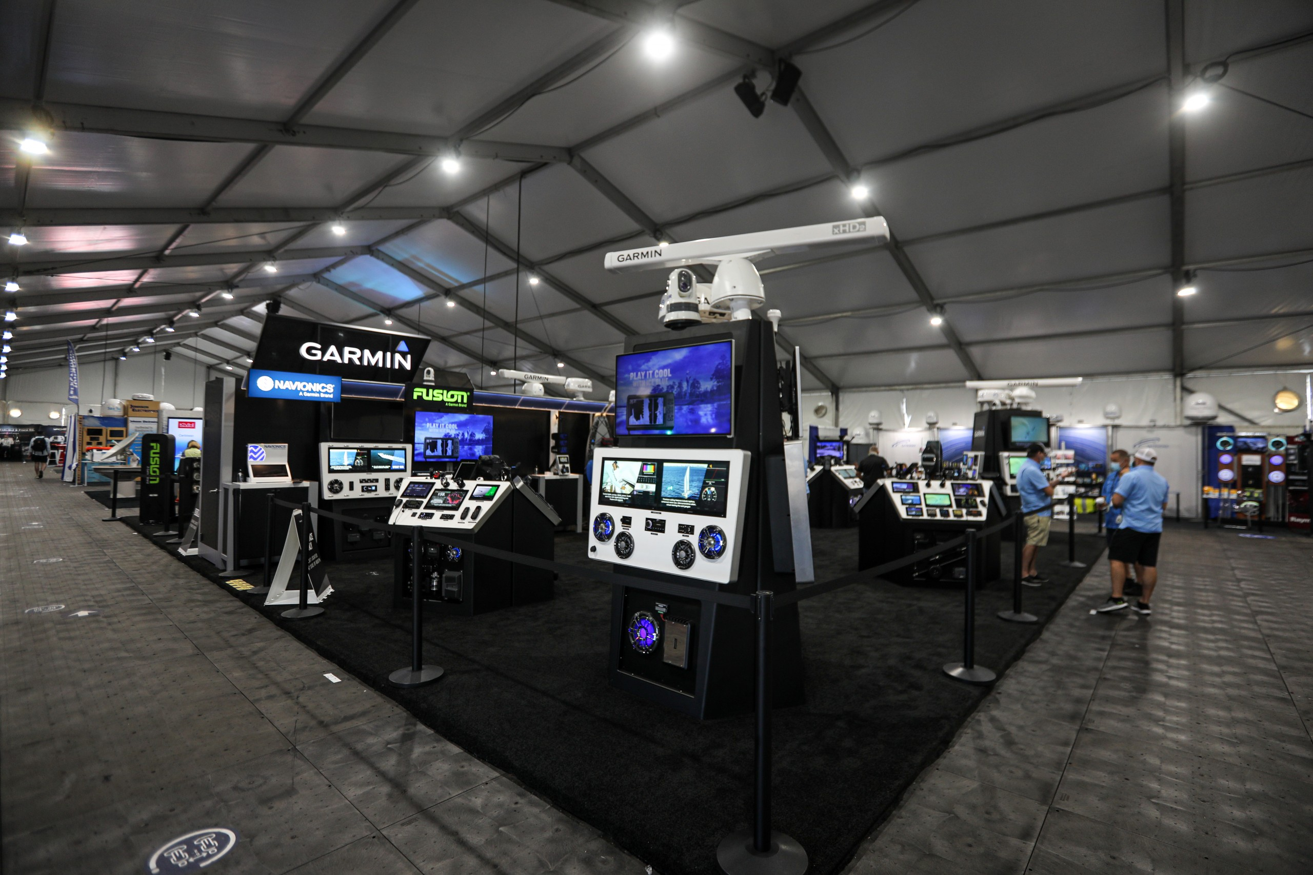 garmin boat show 2020 FLIBS display