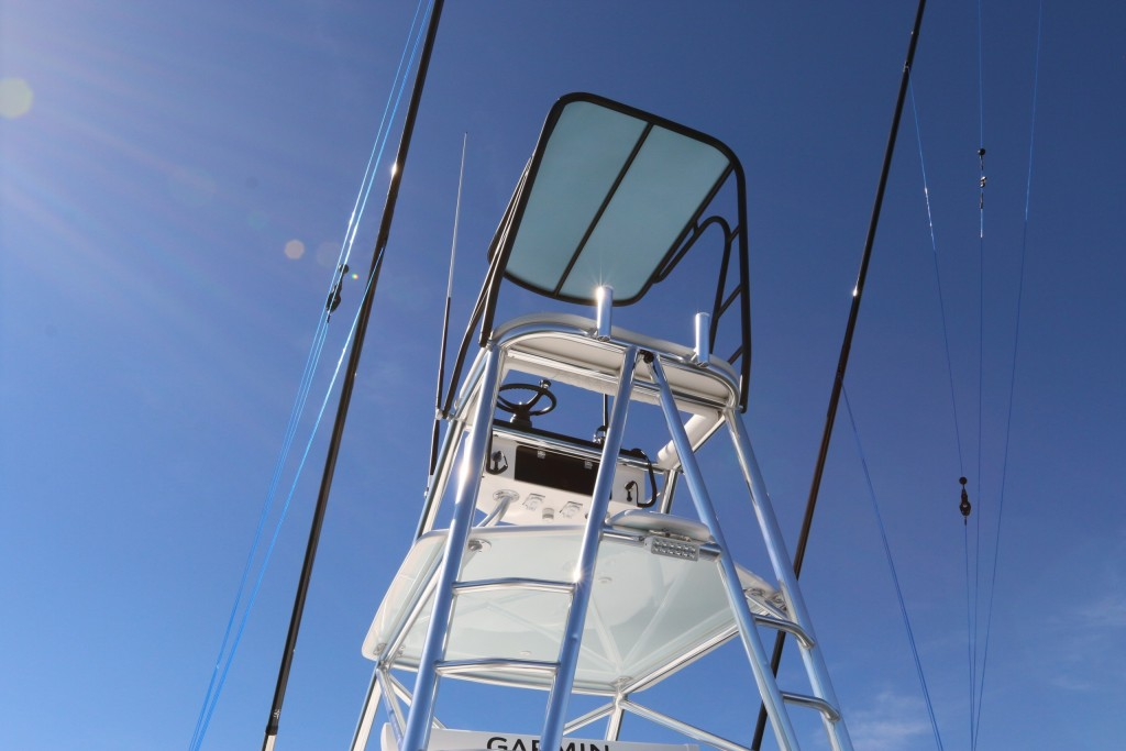 contender boat tower
