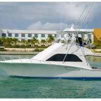 2005 40' Cabo with CAT C12's only 2000 hrs